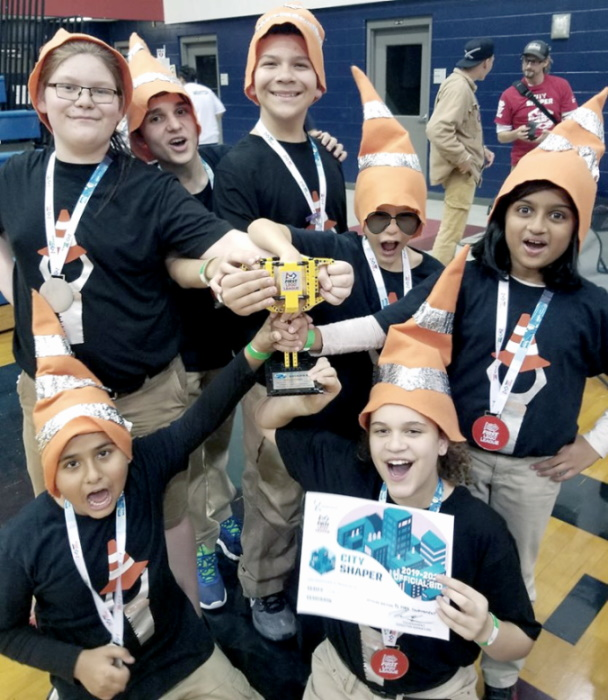 5. First Lego League Team Gnome Struction